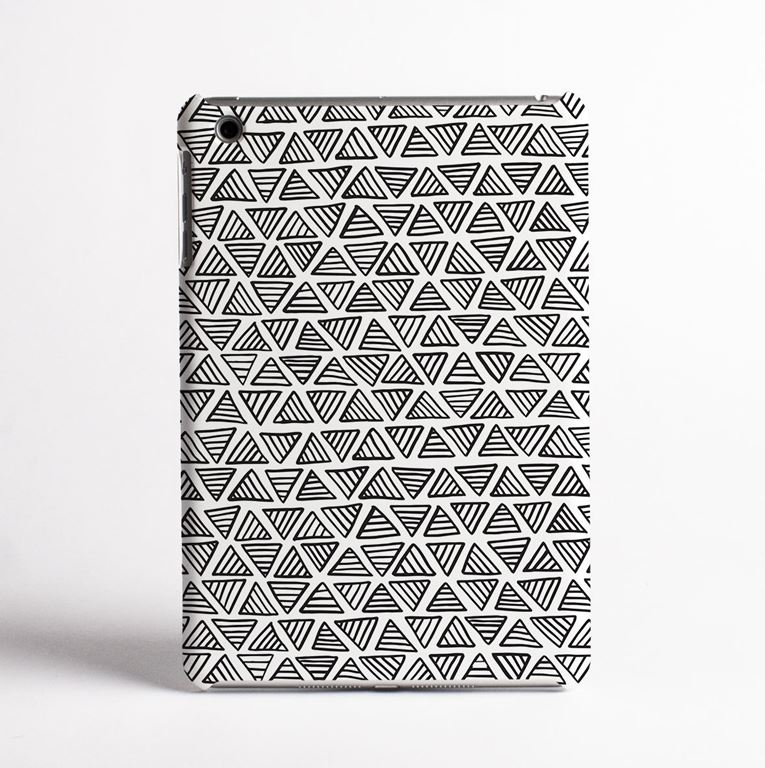 White triangles tablet case